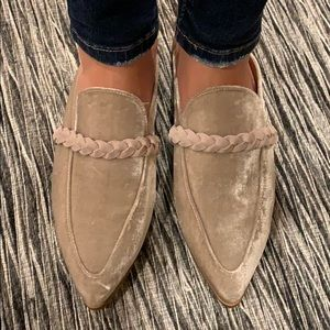 Free People Suede Grey mules w leather detail